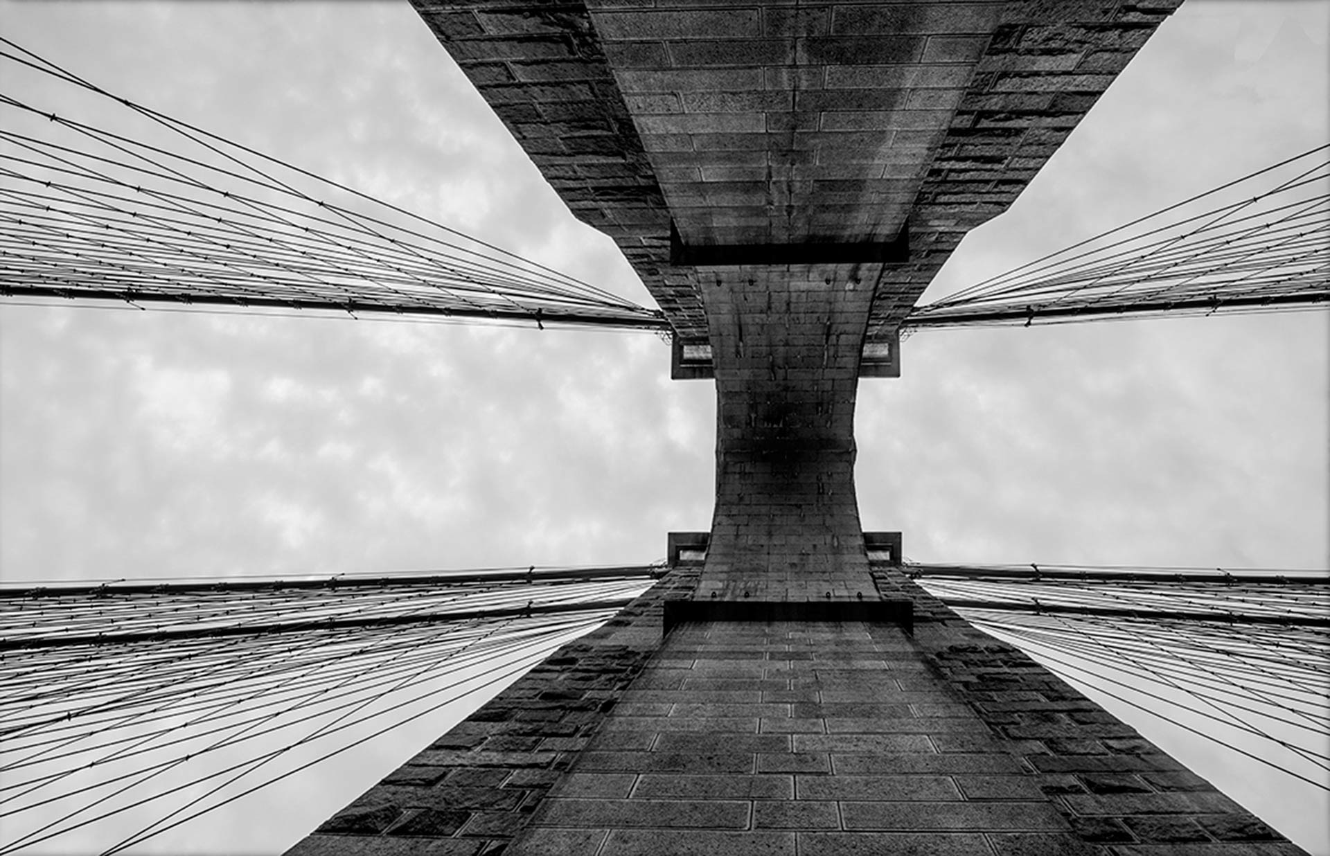 STEFANO ZARDINI Manhattan Tower of Brooklyn Bridge cm. 66,7 x 100 image, Dibond mount, framed Edition 1/30
